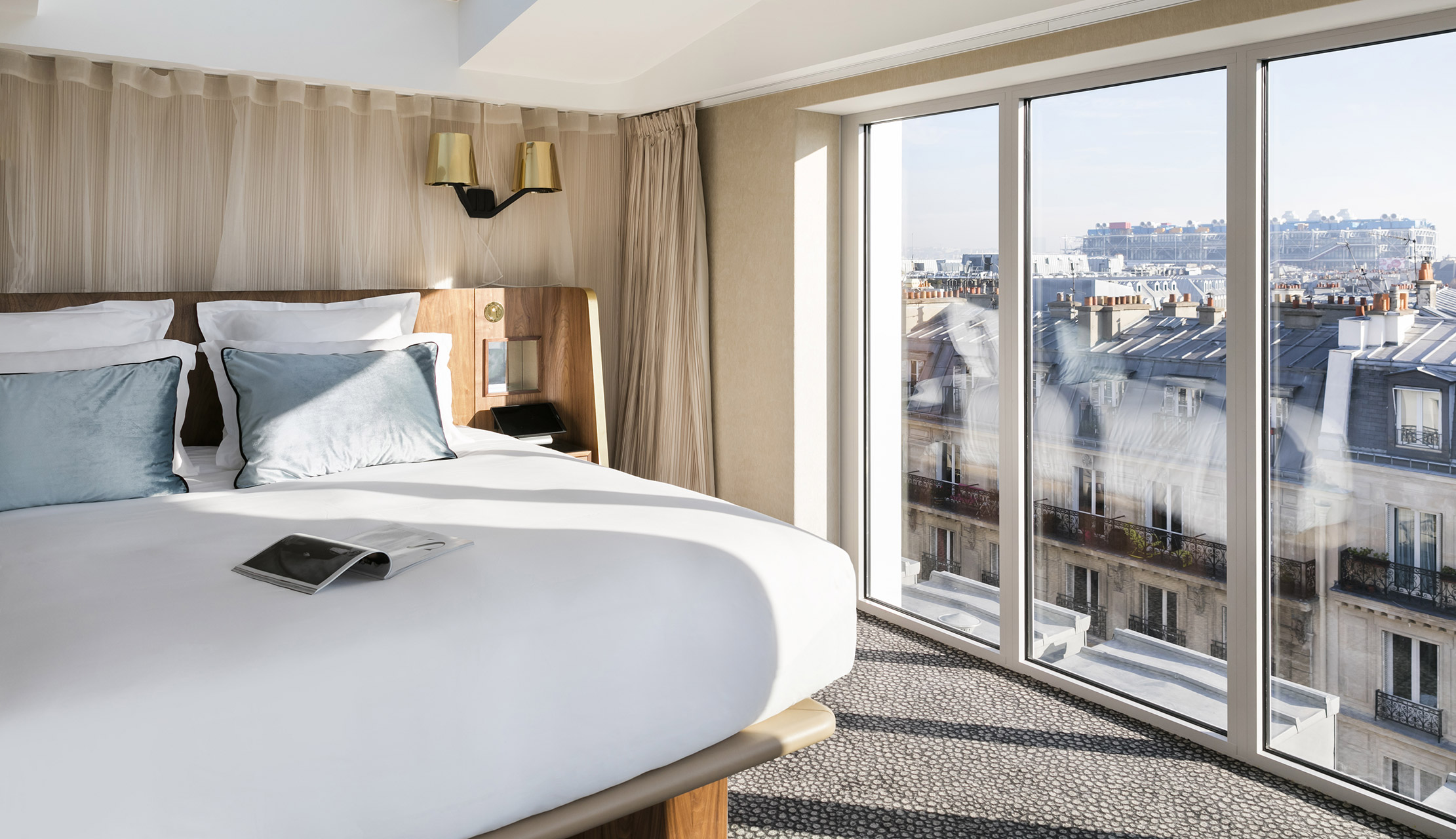 Maison Albar Hotels Le Pont-Neuf The Rooftop with a 180° view