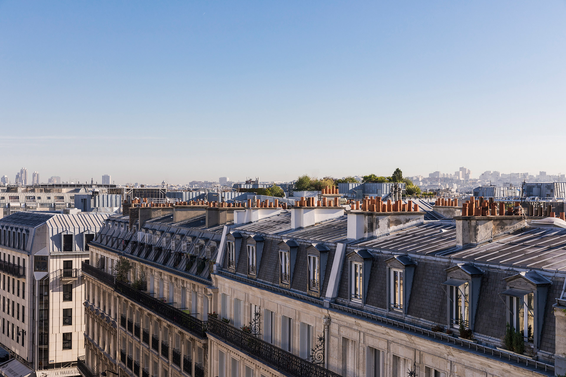 Maison Albar Hotels Le Pont-Neuf view on Paris rooftops