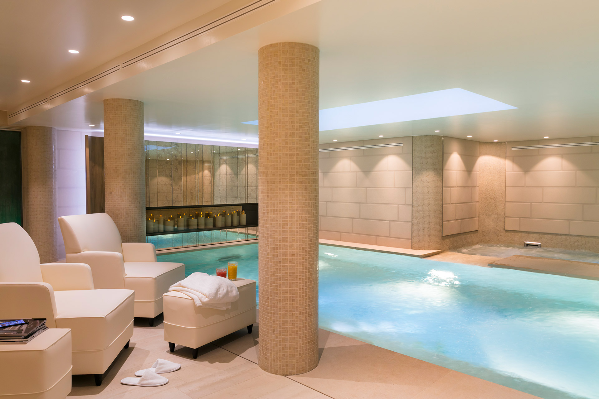 Spa Pont-Neuf by Cinq Mondes indoor swimming pool